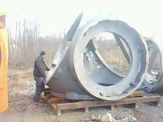 Propellernav till ett vindkraftsverk, gjutet stål, vikt ca 8 ton